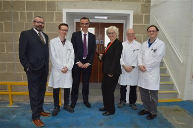 Beate Plueckhan, President Region EMEA, at the opening ceremony of Archroma's Global Competence Center for Paper Surface & Coating Technology, with (left to right) David Puddiphatt, Head of Sales UK & Nordics, Chris Warburton, Apprentice Lab Technician, Andy Bell, Head of Product Management Barrier, Coatings & Deposit Control, Packaging & Paper Specialties Business, Andrew Mottram, Senior paper technologist Stickies, Surface & Coating Technology, Adam Bastow, Lab technician. (Photos: Archroma)