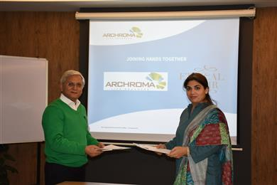 Mujtaba Rahim, CEO, Archroma Pakistan and Shaheen, President of Ethical Affair at the signing ceremony. (Photos: Archroma)