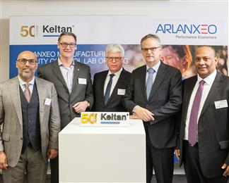ARLANXEO opens new Keltan Quality Control Laboratory in Geleen in the presence of (from left to right) Fayez Alsharef (CPO), Christian Widdershoven (Head of Keltan), Sjraar Cox (mayor Sittard-Geleen), Jan Paul de Vries (CEO) and Ali Ba-baidhan (CFO).