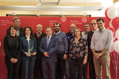 Representatives of FM Global Management and Ideal Fibres & Fabrics Project Team at the Award ceremony on November 7, 2017.