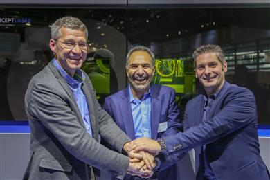 Pictured from Left to Right: Michel Delanaye, co-founder and CEO, GeonX, Mohammad Ehteshami, Vice President and General Manager, GE Additive, Laurent D'Alvise co-founder and CEO, GeonX.  (Photo: GE Additive, GEADPR002)