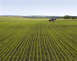 Clariant and Eastman announce agrochemical collaboration.