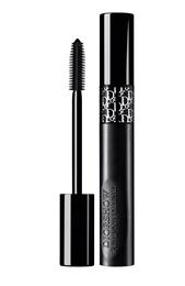 THERMOLAST® K from KRAIBURG TPE gives flexibility and an aesthetic surface quality – combined with excellent adhesion to copolyester – to Diorshow Pump'N'Volume Mascara's innovative packaging. 