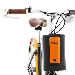 The battery of Askoll's power-assisted bicycles is mounted in a front compartment for convenient removal and recharge. Gaskets molded in THERMOLAST® K from KRAIBURG TPE provide a water-tight enclosure and anti-rattle performance in use. (Photo: © 2018 Askoll EVA)
