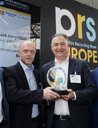 "Uwe Obermann, Director R&D and Innovation Consumer Goods Packaging, and Carl Stonley, Technical Account Manager at Mondi Consumer Goods Packaging, accept the Plastics Recycling Europe Show award for ""Best Technology Innovation in Plastics Recycling."" (Photo: Mondi, PR089)"