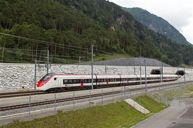 TE Connectivity to supply high-voltage roofline equipment for Stadler SMILE trains. 