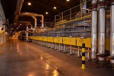 Guardian Glass invests in upgrade and modernisation of glass production lines in the UK and Hungary. Guardian Glass float production line, Oroshaza, Hungary.