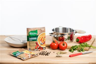 Mondi supports Unilever with its ambitious recycling journey by producing a recyclable mono-material solution for its Turkish Knorr dry soup range. (Photo: Mondi, PR140)