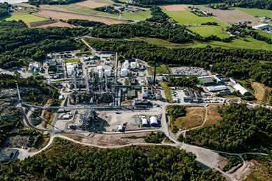 Perstorp plan to reduce carbon emission with half million tons by producing sustainable methanol.